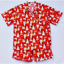 W0C2P11 Size XXL คอปก ผ้าคอตตอน ลายหมาน้อยกับภาษาญี่ปุ่น พื้นสีแดง