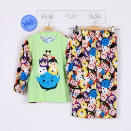 B5A1E11 Size 12 อายุ 7-8 ขวบ ผ้ายืด คอกลม ลายลิขสิทธิ์ Disney Tsum ลายรวมการ์ตูนทีซุมน่ารักสดใส โทนสีเขียว